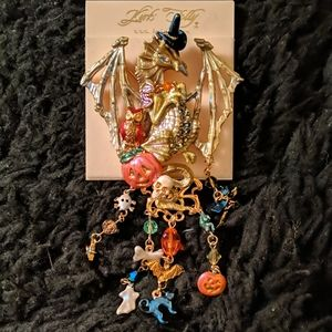 Kirk's Folly Halloween Dragon Witch Pin New
